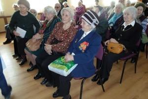 Ветераны получили медали к юбилею Победы