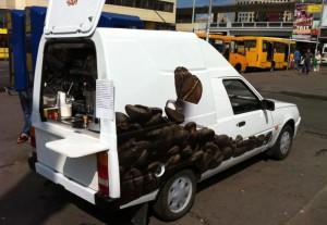 Услугами автокофеен пользуются все больше москвичей