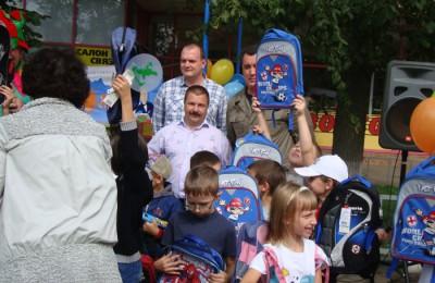 25 августа в Москве начнут работать пункты сбора помощи в рамках благотворительной акции «Семья помогает семье: готовимся к школе!»