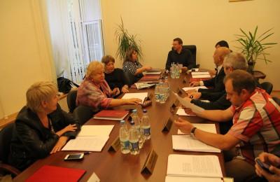 Депутаты обсудили, какие дворы в Нагатинском затоне будут благоустроены до конца года