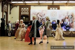 Фестиваль бальных традиций эпохи Екатерины II прошел в Царицыно