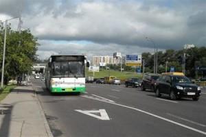 Иногда выделенная полоса на проспекте Андропова будет работать для всех
