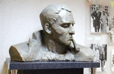В Нагатинском затоне проходят мероприятия, посвященные 100-летию писателя Константина Симонова