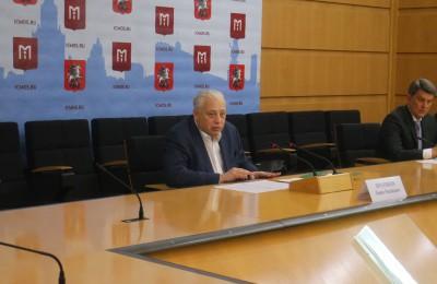 Заммэра Москвы Леонид Печатников: В Москве функционируют 700 образовательных комплексов