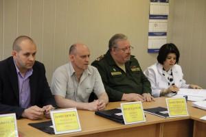 Вячеслав Москалев (второй слева): Цель конкурса – дать возможность жителям района проявить свою творческую инициативу