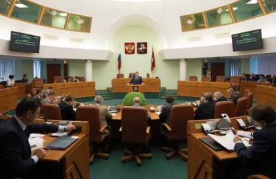 Столичные парламентарии обсудили законопроект, наделяющий муниципальных депутатов полномочиями в сфере капремонта