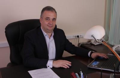 Директор кадетского корпуса в Нагатинском затоне отвечает на вопросы москвичей о работе образовательного комплекса