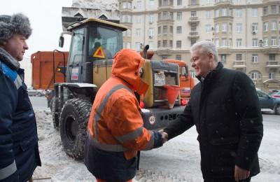 Мэр Москвы Сергей Собянин: Уборка снега идет круглосуточно