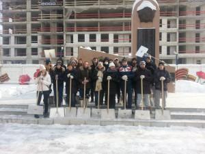 Молодежная палата Нагатинского затона приняла участие в уборке территории района от снега