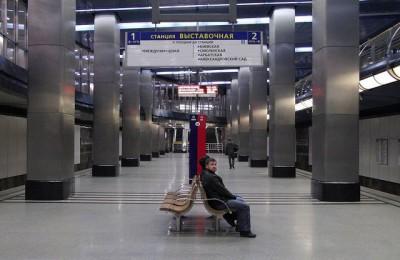 В столичной подземке к концу следующего года заменят более 1300 турникетов