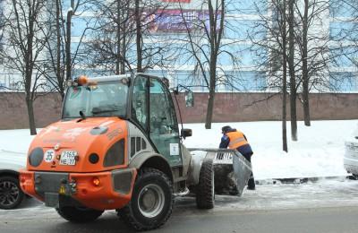 Коммунальщики ЮАО с начала зимы вывезли с территории округа более 800 тысяч кубометров снега