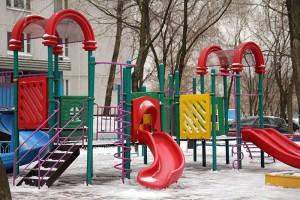 На Затонной улице появится новая детская площадка