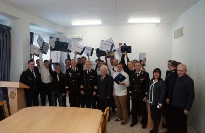 19 студентов академии водного транспорта получили дипломы о высшем образовании