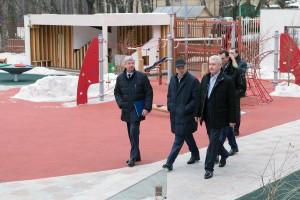 Сегодня мэр Москвы Сергей Собянин ознакомился с работой детского сада, построенного за счет инвесторов