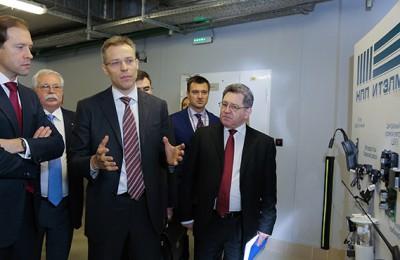 На площадке технопарка «ИТЭЛМА» министр промышленности и торговли РФ провел заседание стратегического совета по инвестициям