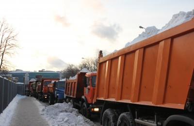 Уборку снега в Москве осуществляли более 15 тысяч единиц техники