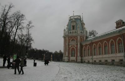Москвичи предпочитают проводить выездную регистрацию брака в музее-заповеднике «Царицыно»