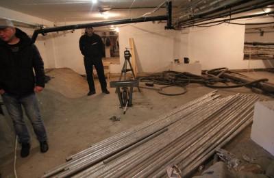 В Нагатинском затоне ведутся работы по капремонту в 4 жилых домах, на очереди — еще 7