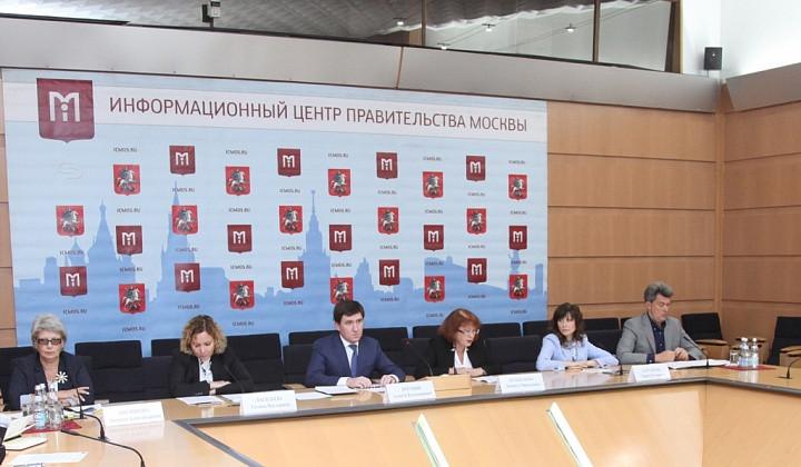 Власти Москвы планируют привить до80% детей перед началом учебного года