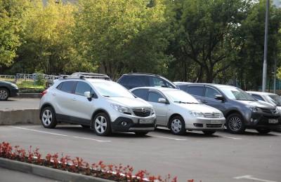 Введение платных парковок в районе вынесут на обсуждение