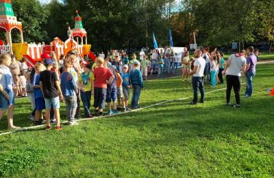 Молодежная палата района поздравила детей с наступлением осени