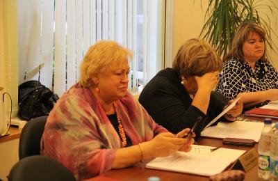 Депутат Татьяна Токарева: Благодаря профсоюзным урокам у школьников появится ответственность к будущей работе