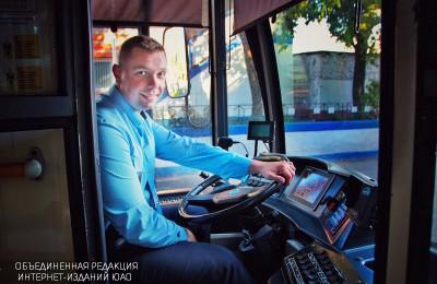 И снится нам: как лучший водитель троллейбуса в Москве Алексей Мосляков свою профессию выбирал