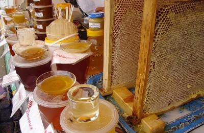 В Южном округе продлили ярмарку меда до 30 октября
