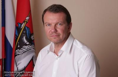 Михаил Львов поздравил жителей района