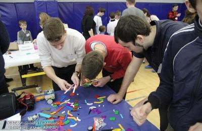 Более 20 центров молодежного инновационного творчества откроют в Москве