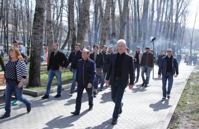 Мэр Москвы Сергей Собянин на общегородском субботнике в столице