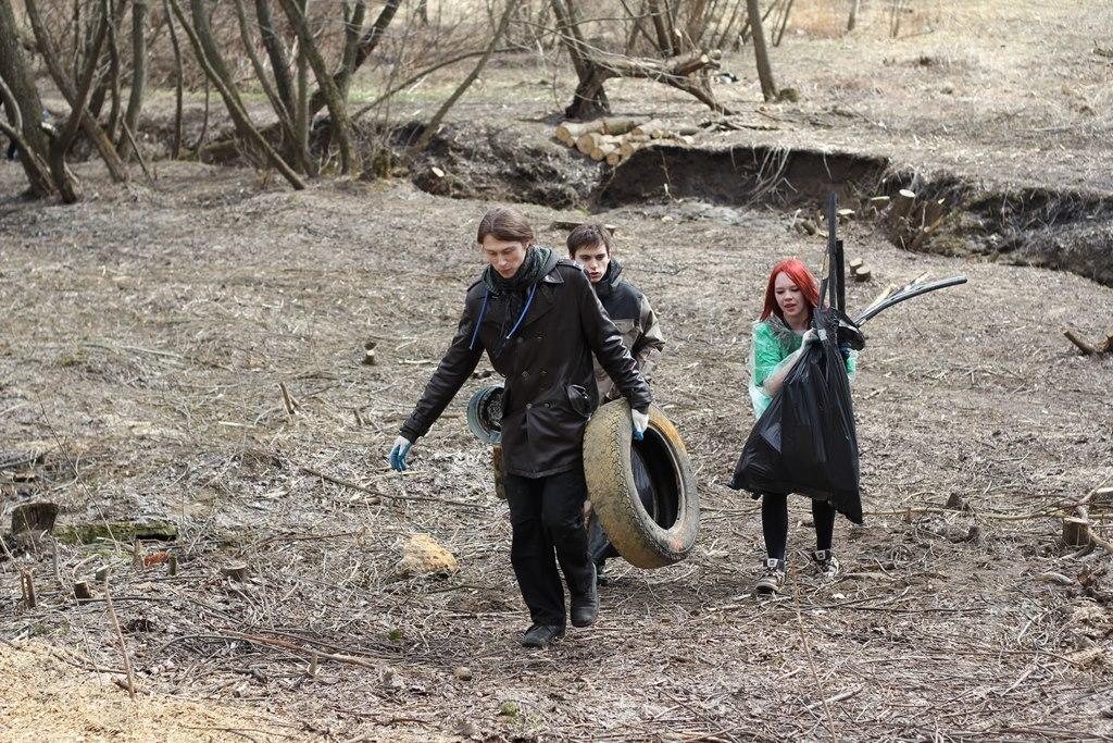 Жители района Нагатинский затон примут участие в общегородском субботнике
