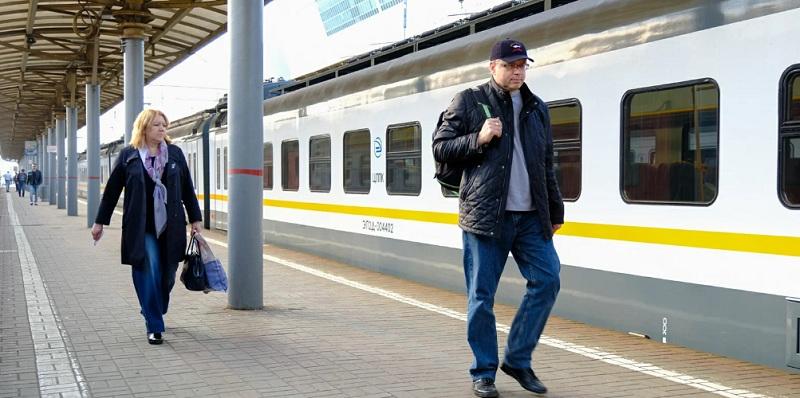 электричка, вокзал, пассажиры, мосру, 2703