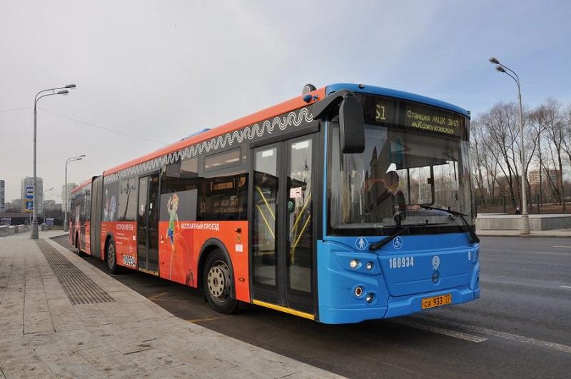 Автобус, Остров Мечты, Мосгортранс, 0303