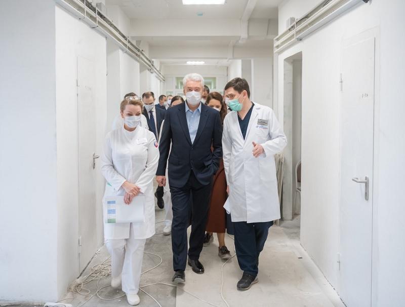 Собянин, поликлиника, твиттер, 0204